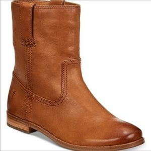 FRYE Leather Anna Short Boots Never Worn